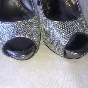 N by Nicole Miller 8m 🌟sparkling silver heels